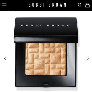 Bobbi Brown Moon Glow Highlighting Powde